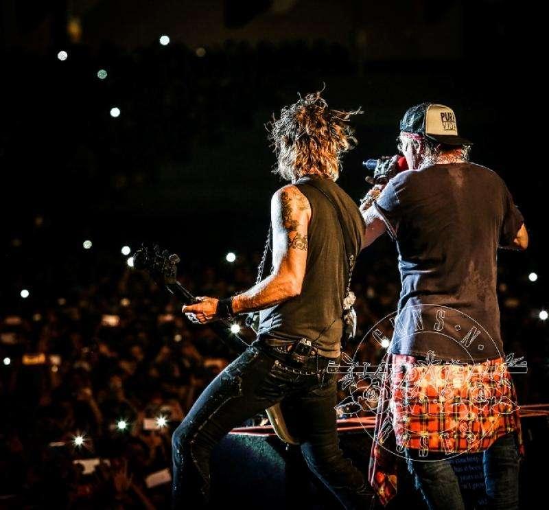 Bilet concert Guns N' Roses Praga 10 iulie 2017 cu hotel inclus
