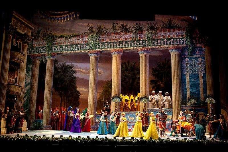 Bilet concert Nabucco Opera Verona 9 august 2017 cu bilet avion si hotel inclus