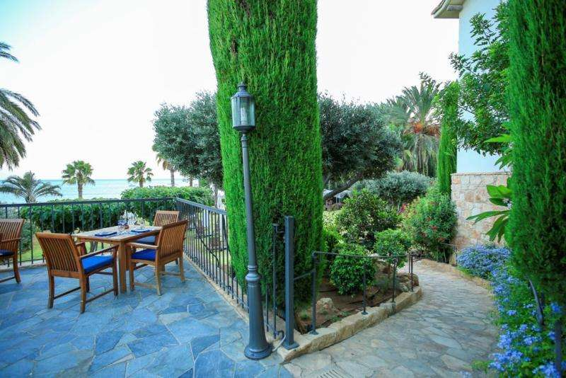 Charter sejur Limassol iunie 2018 bilet avion, hotel si taxe incluse