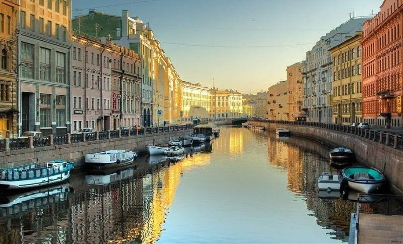 Circuit RUSIA: MOSCOVA SI SANKT PETERSBURG 2018