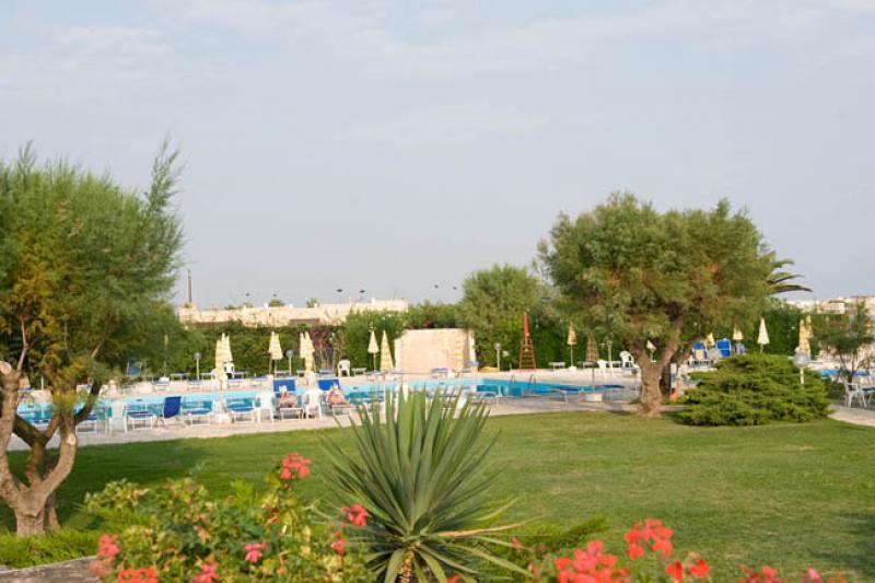 City break 2 in 1 Alberobello si Lecce noiembrie bilet de avion si hotel inclus