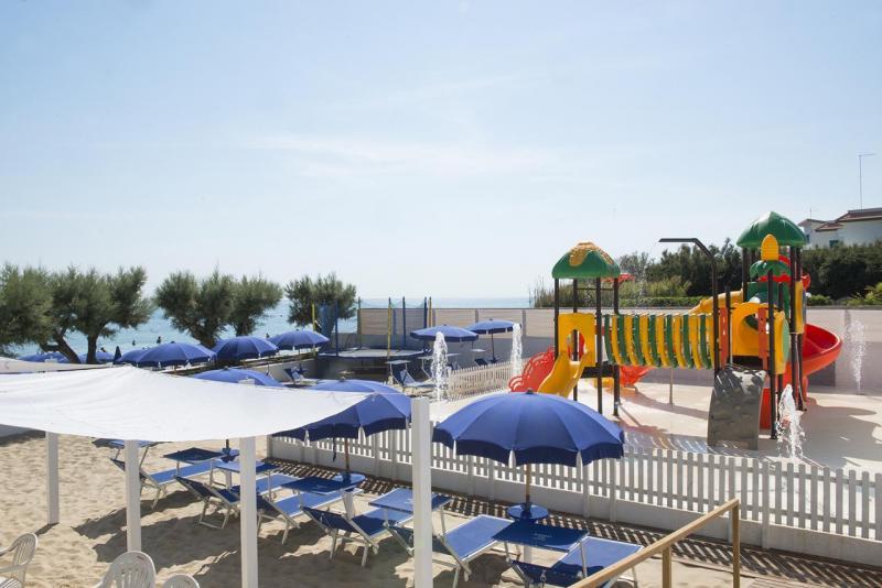 City break 2 in 1 Alberobello si Lecce Piata de Craciun bilet de avion si hotel inclus