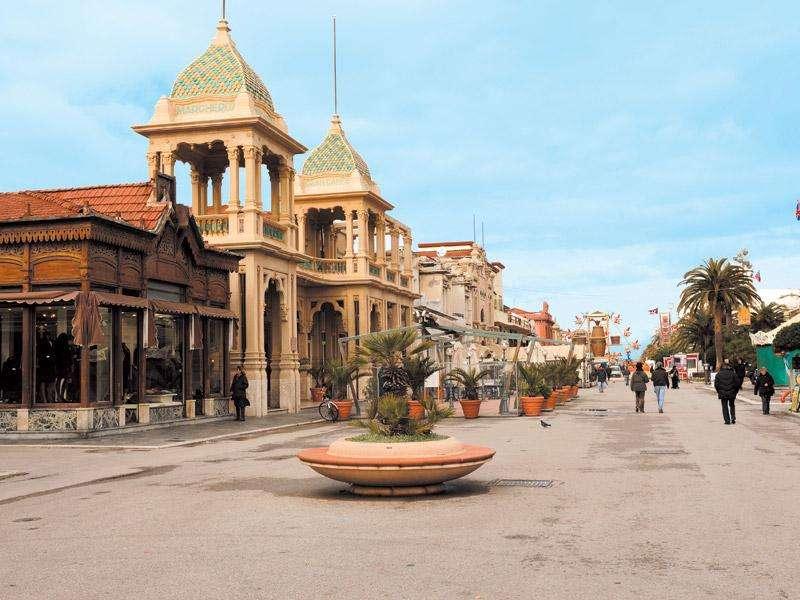 City break 2 in 1 Pisa si Cinque Terre iulie bilet de avion si hotel inclus