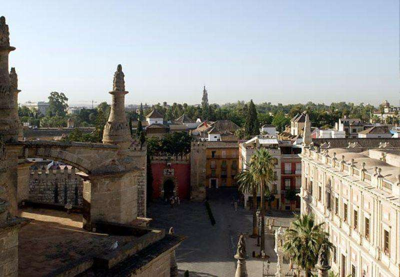 City break Andalusia 1 decembrie 2018 bilet de avion si hotel inclus