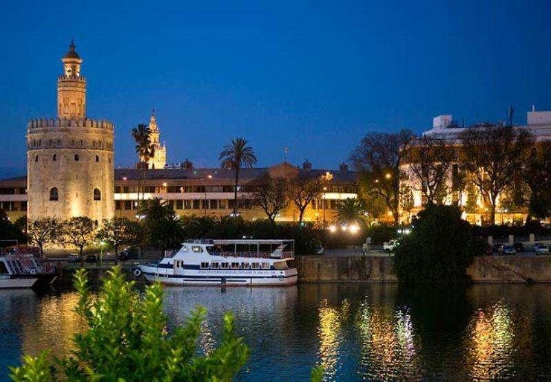 City break Andalusia august 2018 bilet de avion si hotel inclus
