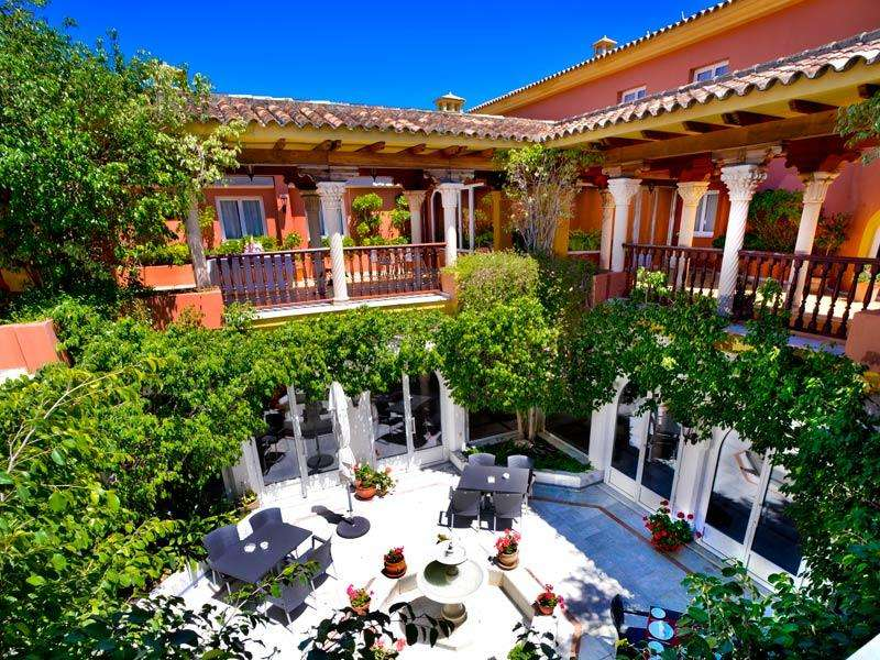 City break Andalusia august bilet de avion si hotel inclus