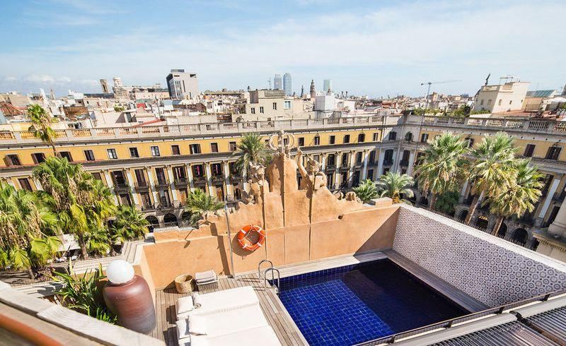 City break Barcelona ianuarie 2018 bilet de avion si hotel inclus