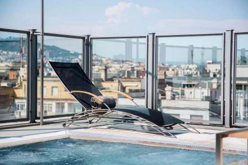 City break Barcelona iulie 2018 bilet de avion si hotel inclus