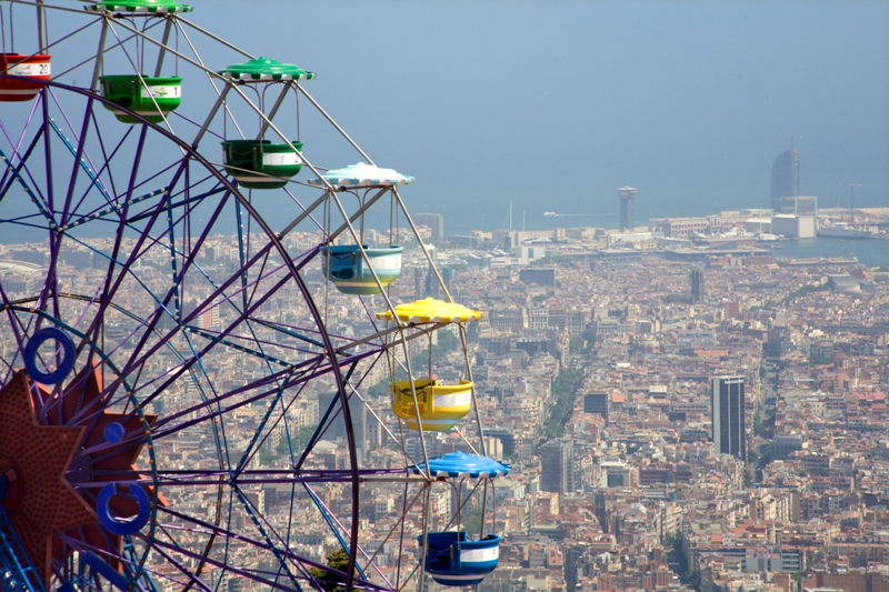 City break Barcelona iulie bilet de avion si hotel inclus