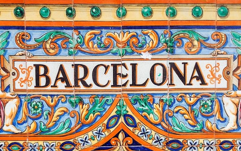 City break Barcelona Valentine's Day  bilet de avion si hotel inclus