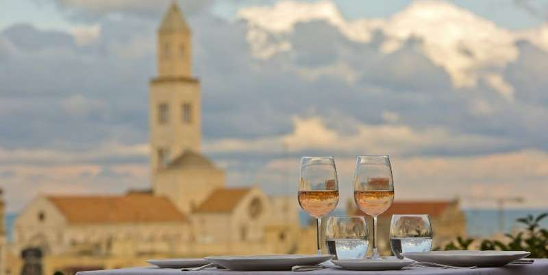 City break Bari 1 martie 2018 bilet de avion si hotel inclus
