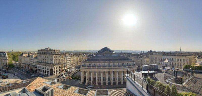 City break Bordeaux august week-end Sf. Maria bilet de avion si hotel inclus