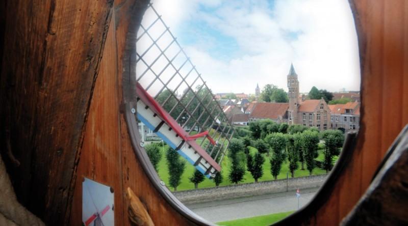 City break Bruges 1 decembrie 2017,  bilet de avion si hotel inclus