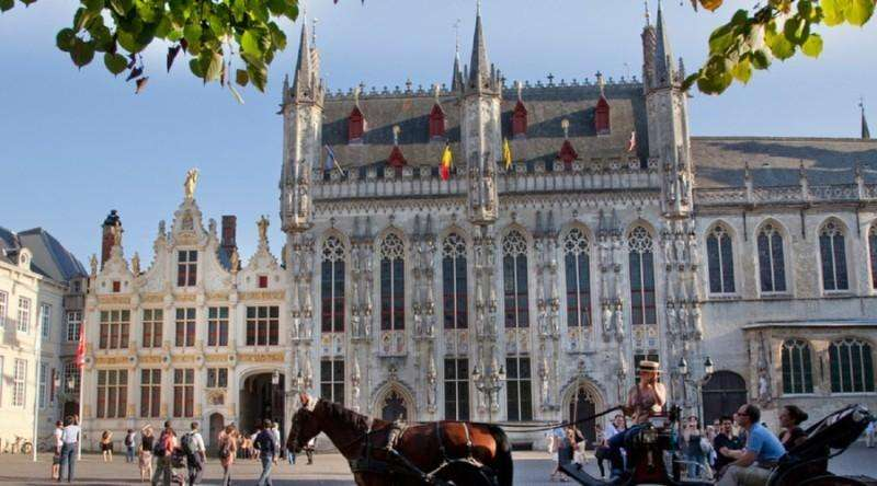 City break Bruges aprilie bilet de avion si hotel inclus