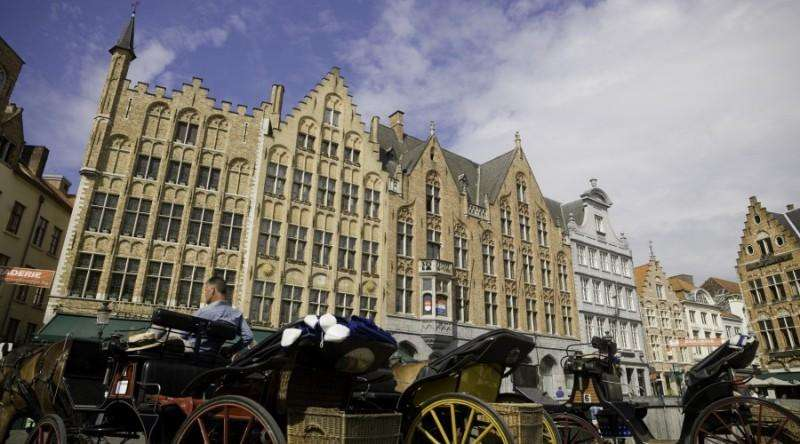 City break Bruges august week-end Sf. Maria bilet de avion si hotel inclus