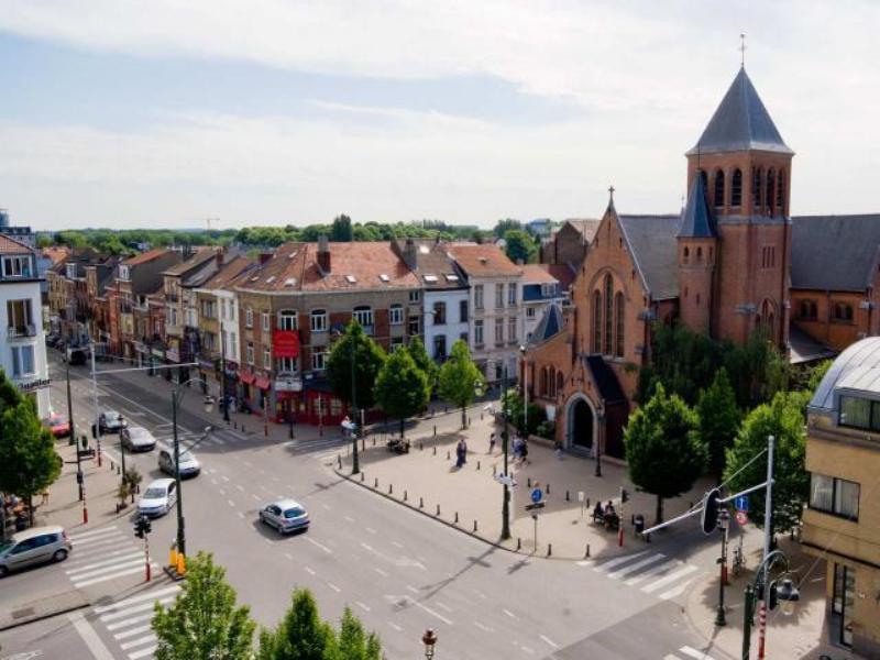 City break Bruxelles august week-end Sf. Maria bilet de avion si hotel inclus