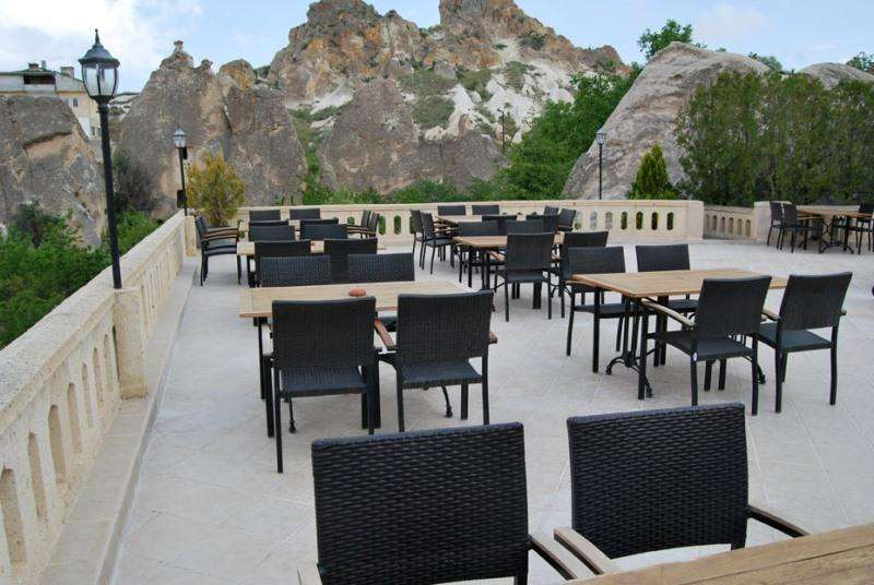 City break Cappadocia august week-end Sf. Maria bilet de avion si hotel inclus