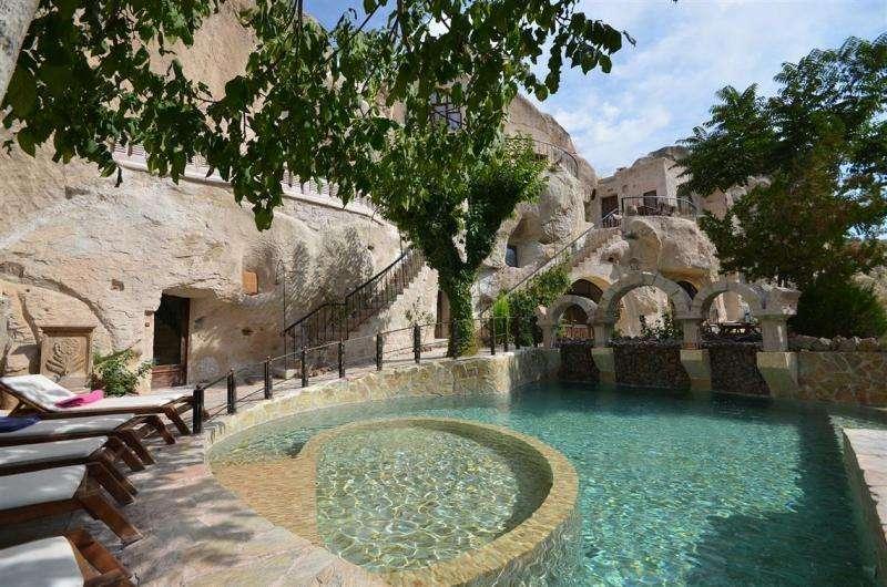 City break Cappadocia mai bilet de avion si hotel inclus
