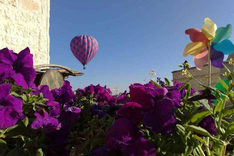 City break Cappadocia Valentine's Day bilet de avion si hotel inclus