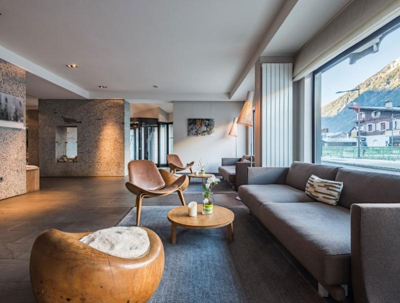 City break Chamonix  octombrie  bilet de avion si hotel inclus