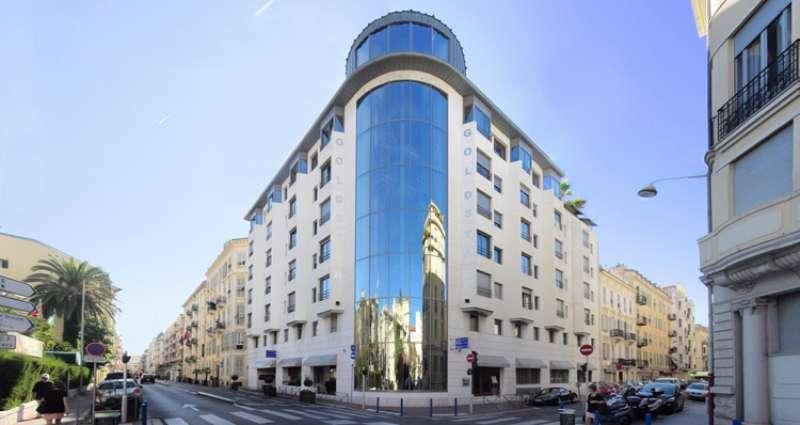 City break Coasta de Azur Nisa 2 adulti si 1 copil bilet de avion si hotel inclus