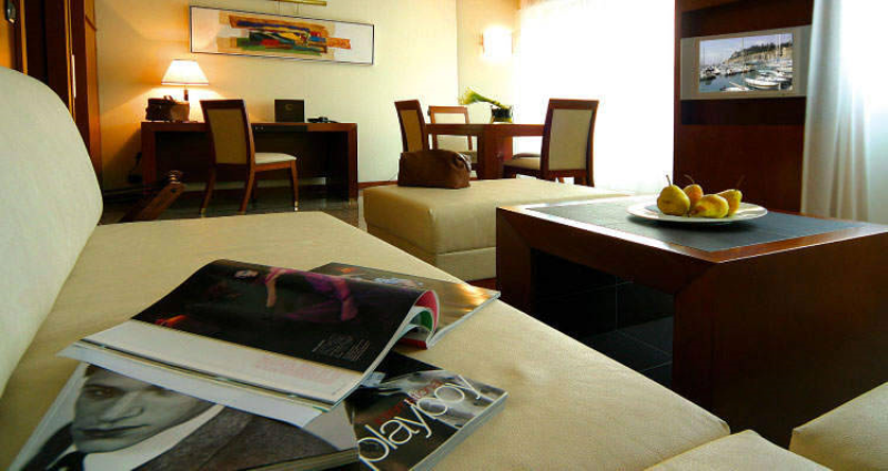 City break Coasta de Azur Nisa septembrie bilet de avion si hotel inclus