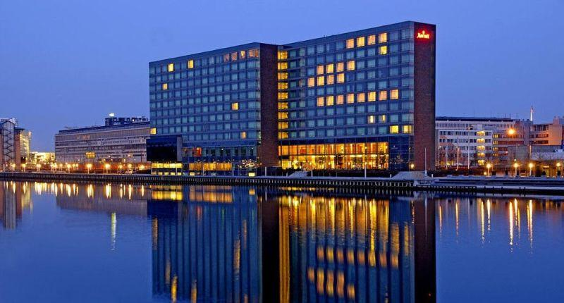 City break Copenhaga august  bilet de avion si hotel inclus