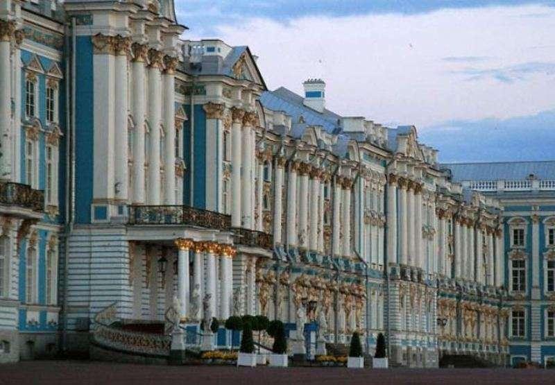 City break Sankt Petersburg aprilie 2018 bilet de avion si hotel inclus