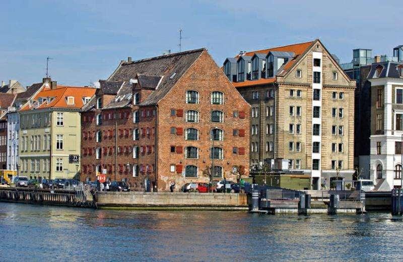 City break Copenhaga noiembrie 2017  bilet de avion si hotel inclus