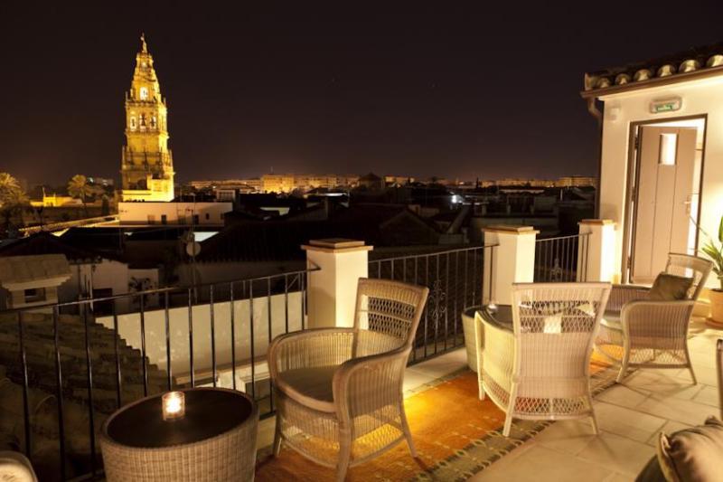 City break Cordoba Revelion 4* 2018  bilet de avion si hotel inclus
