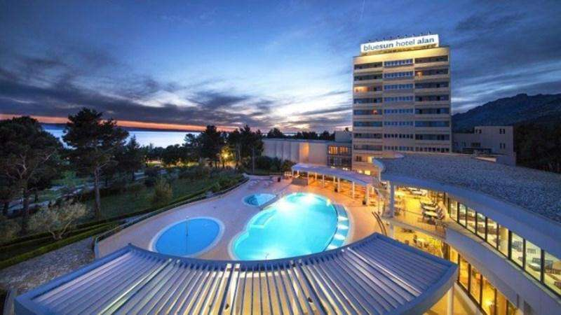 City break Cracovia  august  bilet de avion si hotel inclus