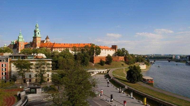 City break Cracovia ianuarie 2018 bilet de avion si hotel inclus