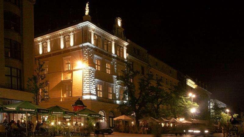 City break Cracovia  ianuarie  bilet de avion si hotel inclus