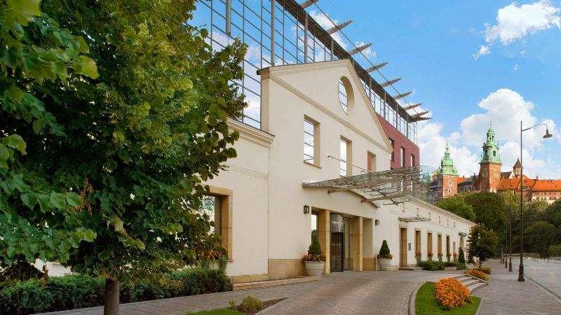 City break Cracovia primavara 2018  bilet de avion si hotel inclus