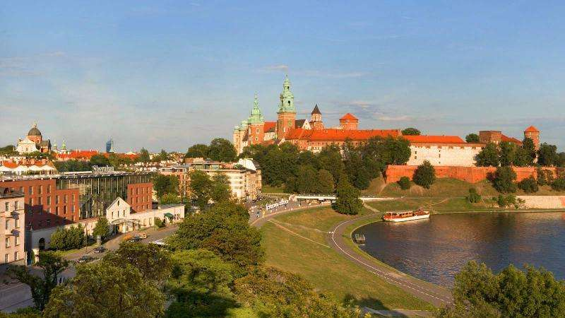 City break Cracovia  Revelion 5* 2018  bilet de avion si hotel inclus
