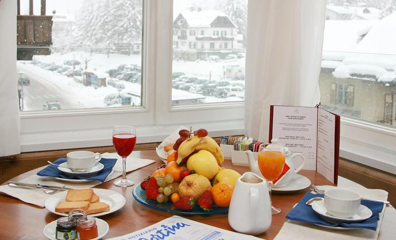 City break Dolomiti ianuarie 2018 bilet de avion si hotel inclus