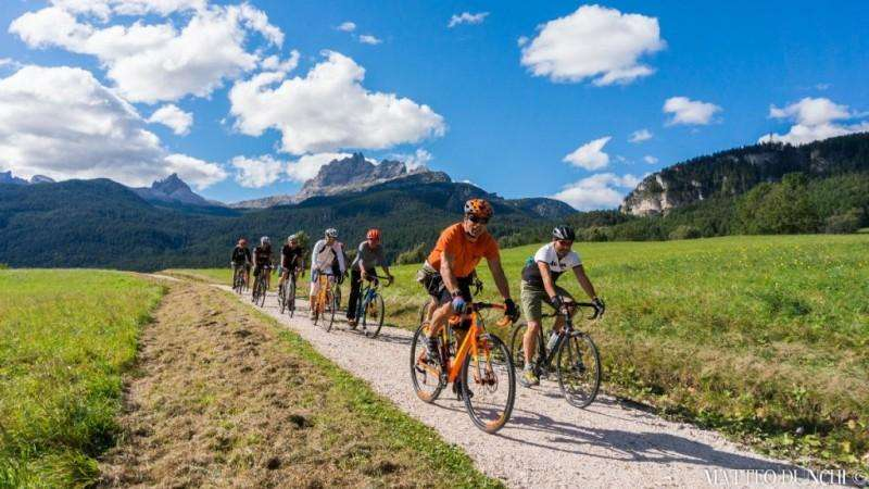 City break Dolomiti septembrie bilet de avion si hotel inclus