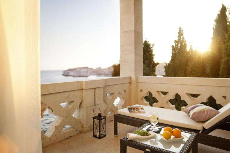 City break Dubrovnik weekend liber Rusalii bilet de avion si hotel inclus
