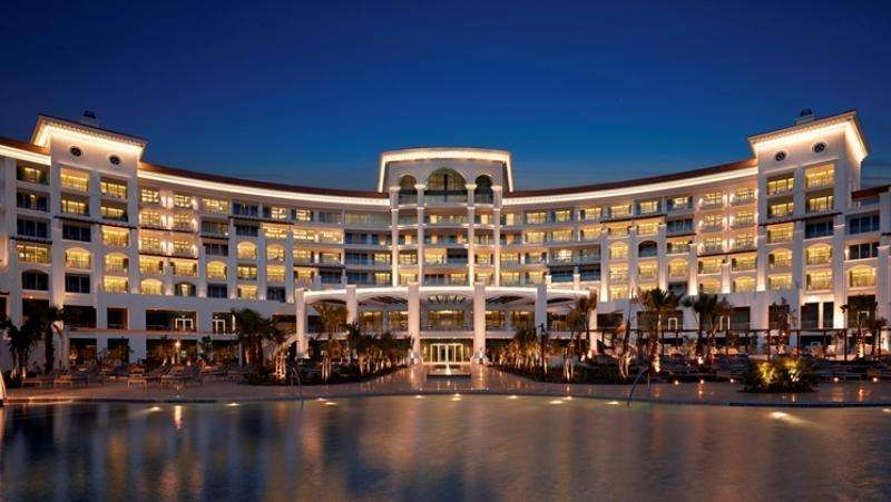 City break exotic Dubai aprilie bilet de avion si hotel inclus