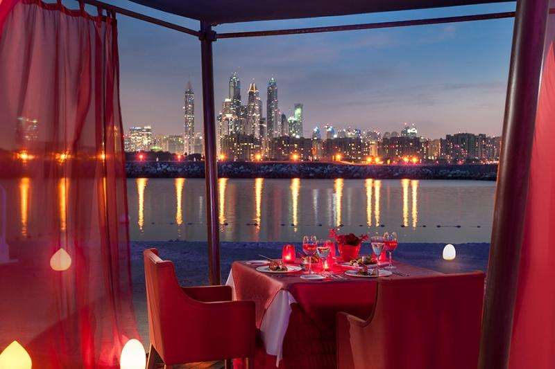 City break exotic Dubai octombrie 2018 bilet de avion si hotel inclus