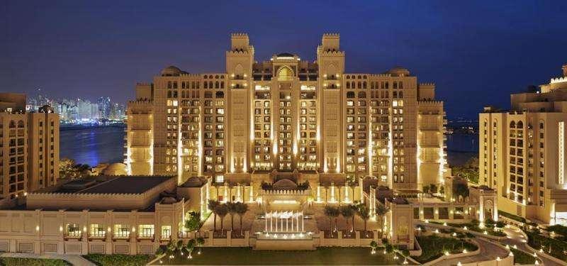 City break exotic Dubai octombrie bilet de avion si hotel inclus