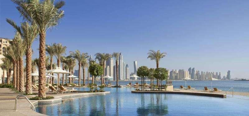 City break exotic Dubai weekend liber Rusalii bilet de avion si hotel inclus