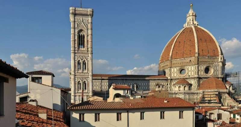 City break Florenta aprilie, bilet de avion si hotel inclus