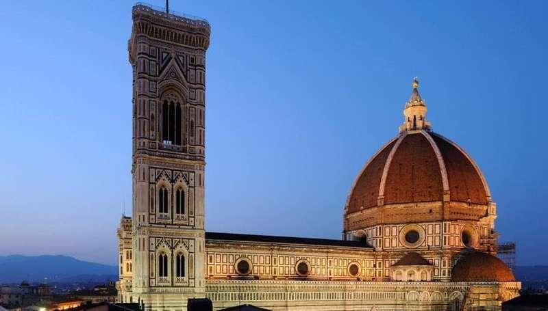 City break Florenta mai bilet de avion si hotel inclus