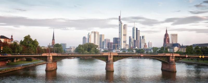 City break Frankfurt  1 martie 2018  bilet de avion si hotel inclus