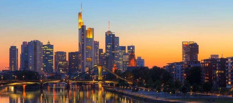 City break Frankfurt 8 martie 2018, bilet de avion si hotel inclus