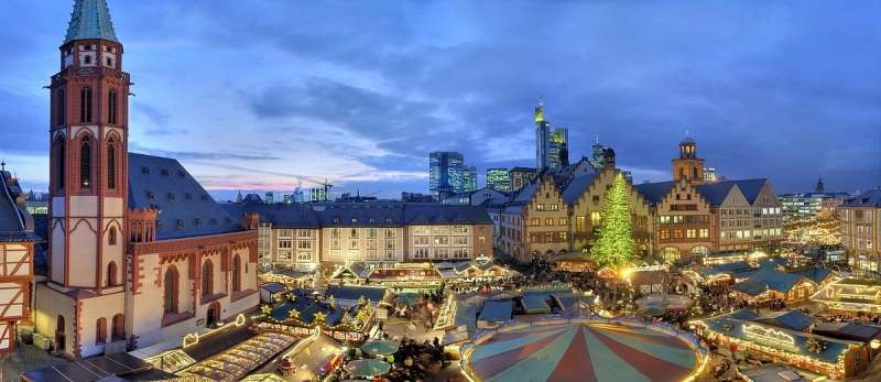 City break Frankfurt iulie 2018 bilet de avion si hotel inclus