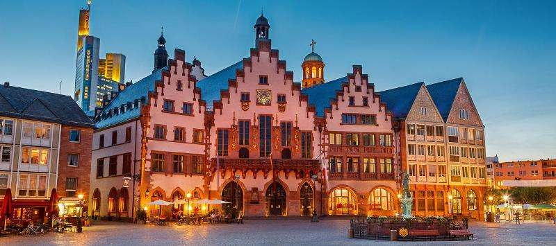City break Frankfurt iulie 2018 bilet de avion si hotel inclus