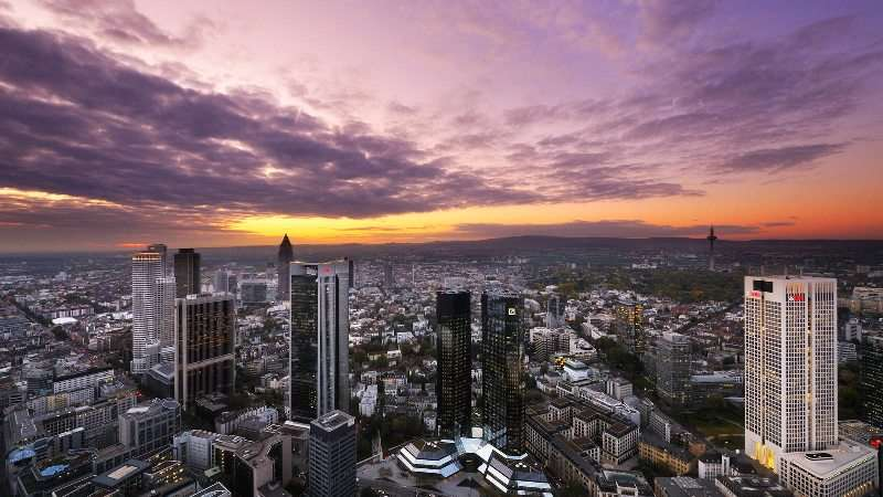 City break Frankfurt mai 2018 bilet de avion si hotel inclus