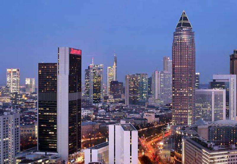 City break Frankfurt  noiembrie 2017  bilet de avion si hotel inclus